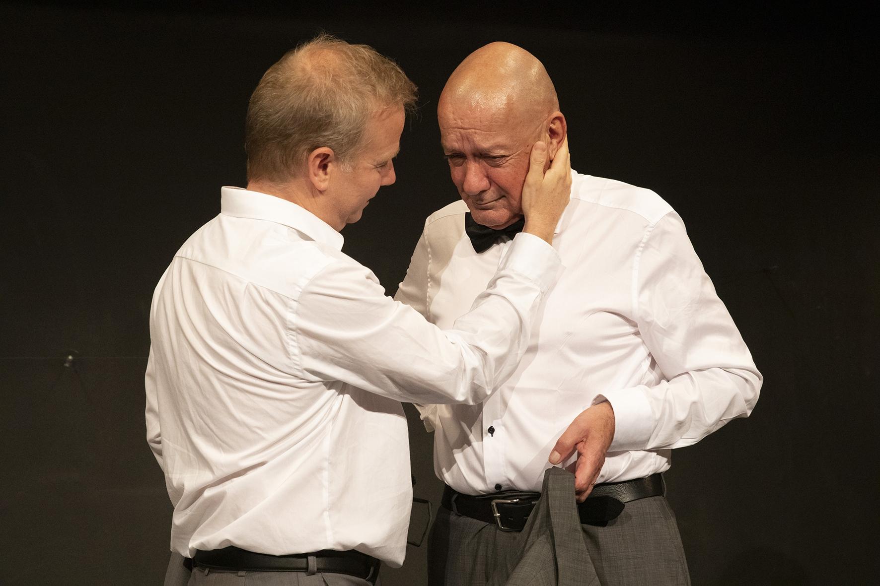 FÜNF EINAKTER VON TSCHECHOW im Theater Matte Bern. Markus Maria Enggist in diversen Rollen.